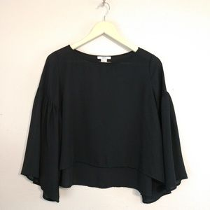 Bar lll large polyester blouse sleeve detail